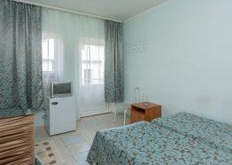 3-местный стандарт, отель Лелюкс, Ольгинка, Туапсе, семейный отдых с детьми на Черном море, танцевальные каникулы;